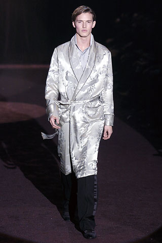 FW05_Milan_Gucci031_Henry Bernacle