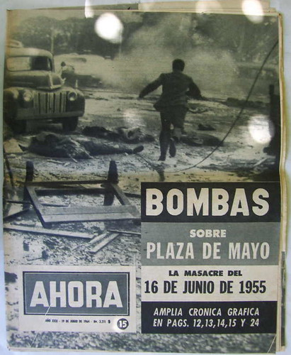 Afiche bombardeo plaza de mayo