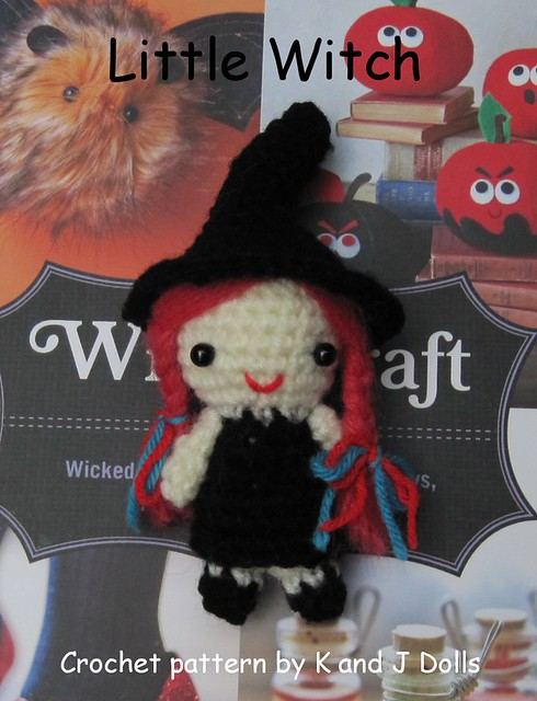 Dog's Crochet Witch Costume Crochet Pattern | Red Heart