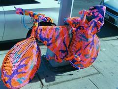 ChildSeatYarnBike (Street Witness) Tags: street nyc bike st elizabeth child seat samsung yarn olek nv7
