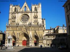 Frana - Catedral de Lyon. Durante a libertao de Lyon em Setembro de 1944, alguns dos seus magnficos vitrais foram destrudos. (Anselmo. Sousa) Tags: media lyon pierre catedral idade gotico mesquita pedreiro gargula durieux burbons muolmano