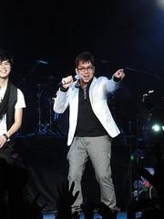 DSC01383 (JasperYue) Tags: music concert mr taichi 2011 alantam 譚詠麟 joeltang 太極樂隊