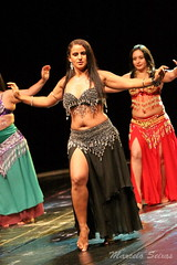 Dana do Ventre - Belly Dance (Marcelo Seixas) Tags: show portrait woman india art love girl beautiful canon photography star photo dance ballerina bravo