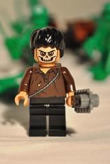 Lego - Cemetery Warrior - Portrait (CAUT) Tags: toy starwars nikon colombia bogota lego toystory bogotá muñeco indianajones legostarwars juguete 2010 figura d90 figurita muñequito legofigure nikond90 legoindianajones cemeterywarrior legotoystory