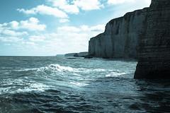 2017_04_23-29 Normandia_0434_Etretat_ (sandro.m68) Tags: etretat eventi francia luoghi natura normandia étretat normandie fr