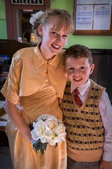 Bridesmaid and page boy (f22photographie) Tags: severnvalleyrailway 1940sweekend severnvalleyrailway1940sweekend2017 fancydress periodcostumes heritagerailways smartlydressed bridesmaid bridesmaiddress pageboy mockwedding