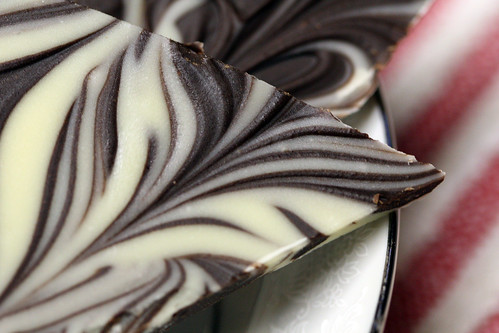 how to make marbled chocolate shards