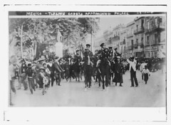 Mexico - Tlalpan cadets approaching palace  (LOC) (The Library of Congress) Tags: horses mexico military libraryofcongress tlalpan mexicanrevolution xmlns:dc=httppurlorgdcelements11 dc:identifier=httphdllocgovlocpnpggbain14204