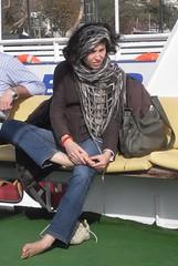Una torinese... (Cilions) Tags: istanbul piede battello turchia bosforo cornodoro vescica