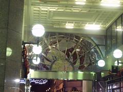 Inside The Minories at Christmas time (ell brown) Tags: greatbritain england bar birmingham unitedkingdom departmentstore christmasdecorations westmidlands glazed lewiss oldsquare theminories thesquarepeg josephchamberlain bullst peterhingjones geralddecourcyfraser geralddecourcyfraserofliverpool carefullyproportionedclassicalblock fluteddoriccolumns impressivespatialeffect entrancebridges pairedcolumnsandlintels deepnarrowcanyon conversiontoofficesandcourts tactfulextrastorey