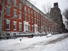 Snow, Washington Square, New York, December 20, 2009 by Walking Off the Big Apple's photostream, on Flickr