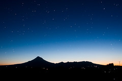 In The Sky, Full of Stars (Mark Solly (F-StopNinja)) Tags: longexposure mountain night stars glow mt nightshot taranaki egmont nikond90 starysky tamron18270mm