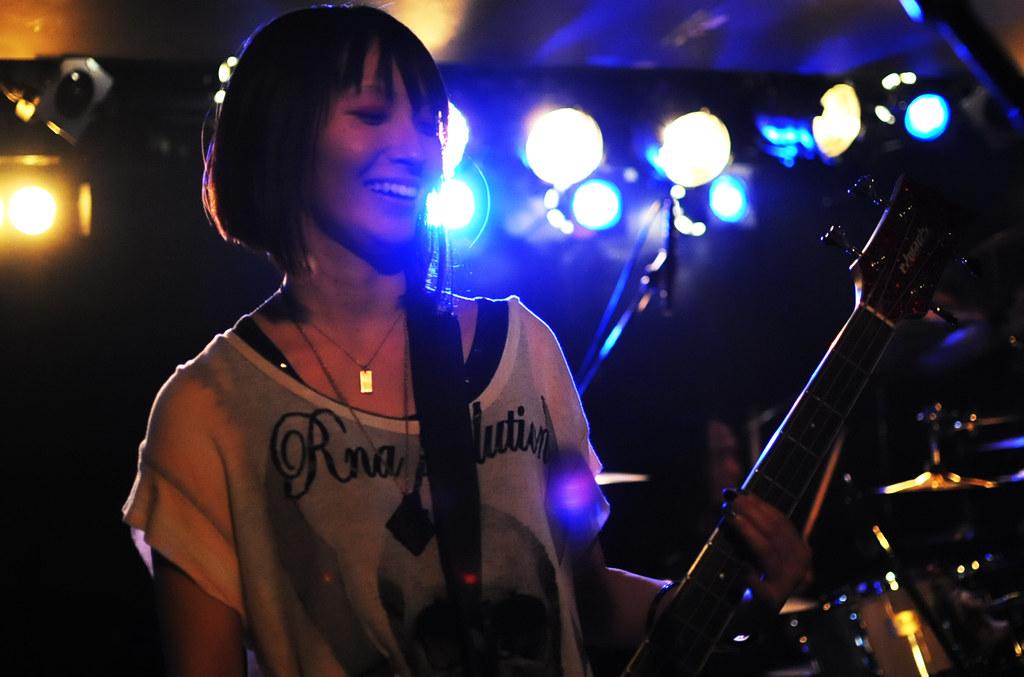 LIVE@CAVE-B 09/12/29_4988