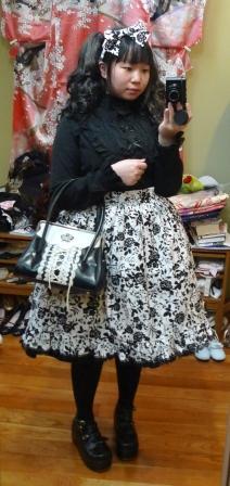 Dark Roses Lolita Outfit