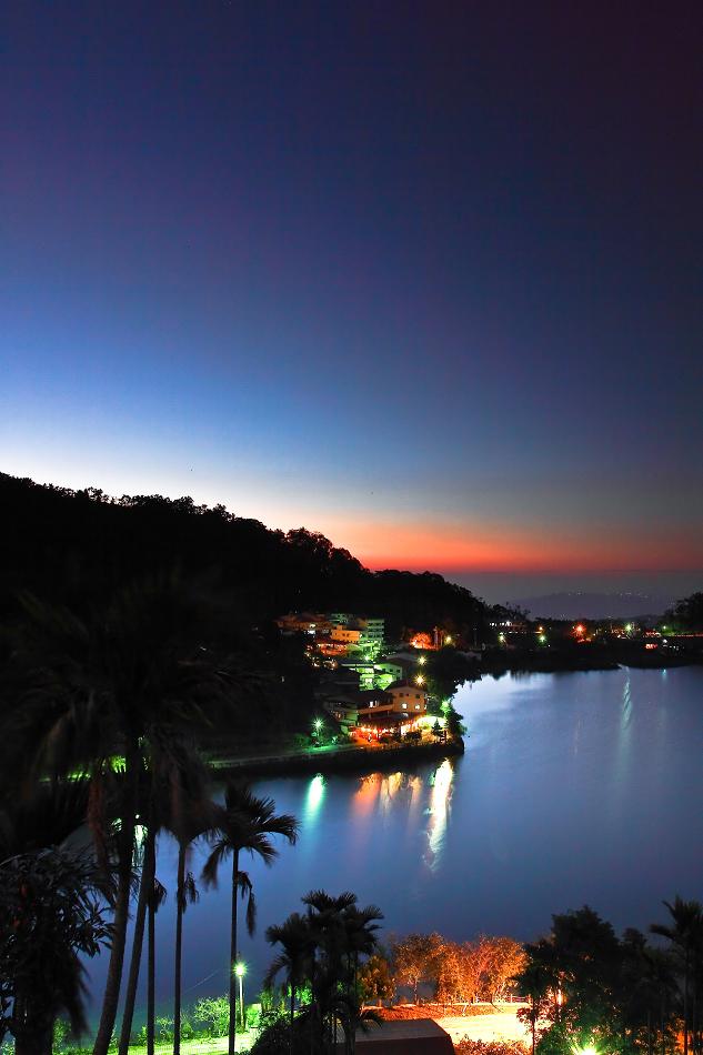麒麟湖黃昏色溫