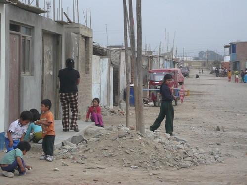 Las calles y el Parque principal de l Nuevo Lurín - lima - Perú. 019