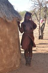 Himba woman IV (carlmonus) Tags: africa people woman african culture tribal safari afrika tribe ethnic namibia tribo himba afrique ethnology tribu oase namibie kamanjab tribus ethnie
