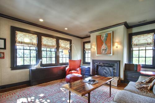 Upper rm w fireplace
