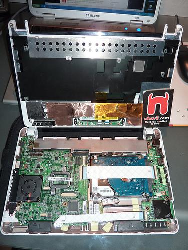 ASUS Eee PC 1001P