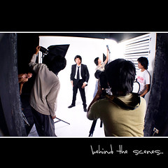 Day 33: Behind The Scenes (L S G) Tags: portrait white selfportrait sb600 behindthescenes seamless d3 project365 365days d80 strobist 365daysproject