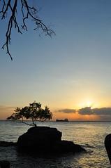 Melawai Sunset (kalagonda) Tags: light sunset beach indonesia landscape nikon balikpapan d90 nikondx nikond90 melawai