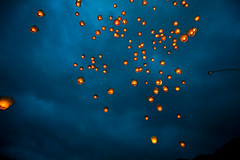 Lanterns in the Sky  (olvwu | ) Tags: sky cloud holiday night fun fly warm hotair release joy balloon ceremony taiwan happiness newyear celebration taipei lantern  float  joyful lanternfestival lunarnewyear shifen    pingsi newyearcelebration yuanxiao  wishcometrue pingxi taipeicounty frie upinthesky jungpangwu oliverwu oliverjpwu  sk