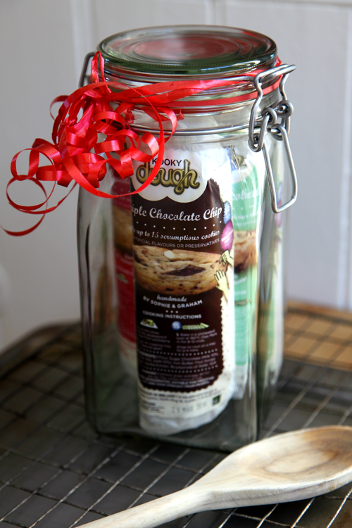 :: Win a Kooky Dough Jar Full of Kooky Dough!