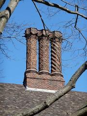 Coe Hall Chimney (bluelibris) Tags: architecture estate longisland northshore mansion grounds historichouse nassaucounty plantingfieldsarboretum coehall oysterbayny