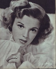 Judy Garland (Silverbluestar) Tags: ladies girls bw classic film beautiful beauty vintage hair stars women pretty dancer womens 1940s hollywood singer actress movies celebrities brunette mgm hairstyles judygarland metrogoldwynmayer