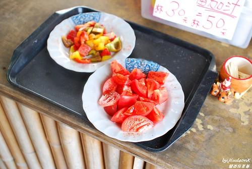 一進門有試吃的蕃茄和甜椒