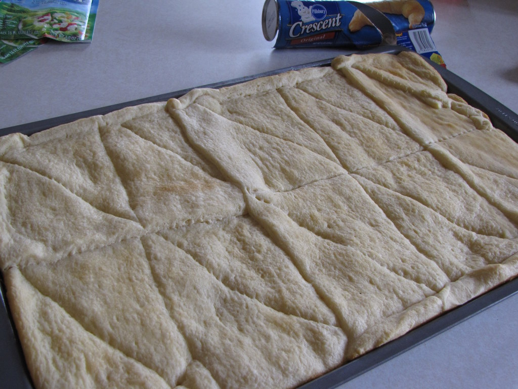 how to make pizza with pillsbury crescent rolls