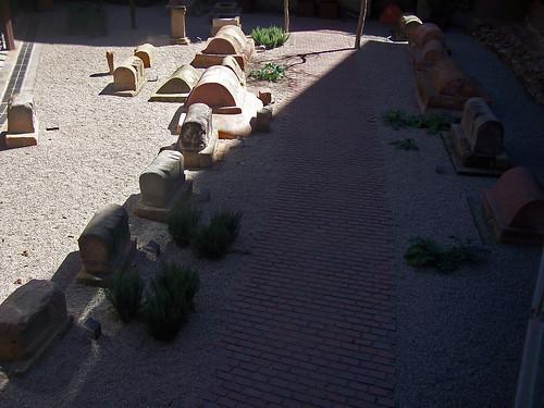Necròpolis de la plaça de la Vila de Madrid, Barcelona
