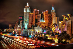 New York New York in Las Vegas (Werner Kunz) Tags: world city nyc urban usa ny night america photoshop lights town us nikon cloudy manhattan center stadt 100 40 hdr metropole photomatix 20fav explored werkunz1