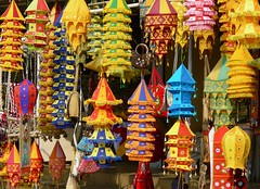 Applique Lampshades at Pipli, Orissa (Sekitar) Tags: colour handicraft village handmade applique orissa lampshades sekitar pipli earthasia sekitar