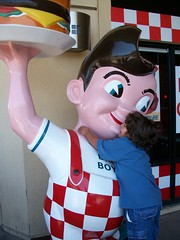 Bob's Big Boy Bandits 150/365 (Sarah B in SD) Tags: friends statue project mall restaurant photo kid funny elcajon away story hamburger hendrix 365 far bigboy bobsbigboy sooc parkwayplaza
