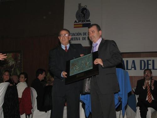 Jose Huertas, recibe el Premio Pedro de Estopiñan