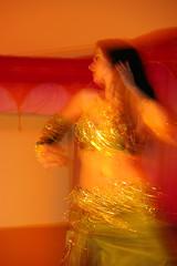 Acadmie de danse orientale de Qubec :: Avril 2010 (medportfolio) Tags: light art colors dance movement lumire couleurs exotic bellydance mouvement baladi fluidity fluidit qualitypixels pentaxart