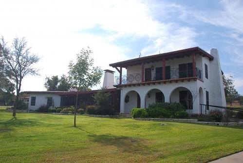 V-Bharre Ranch Lodge