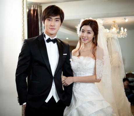 PARK HAN BYUL trong trang phuc cuoi cung Choi Si Won