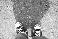 111/365 (Short Showers) (David Van Chu) Tags: shadow feet rain shower shoes converse short taylor chuck ps 35mmf2o sooc nikond5000