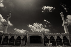 Jahangirnagar University Central Mosque