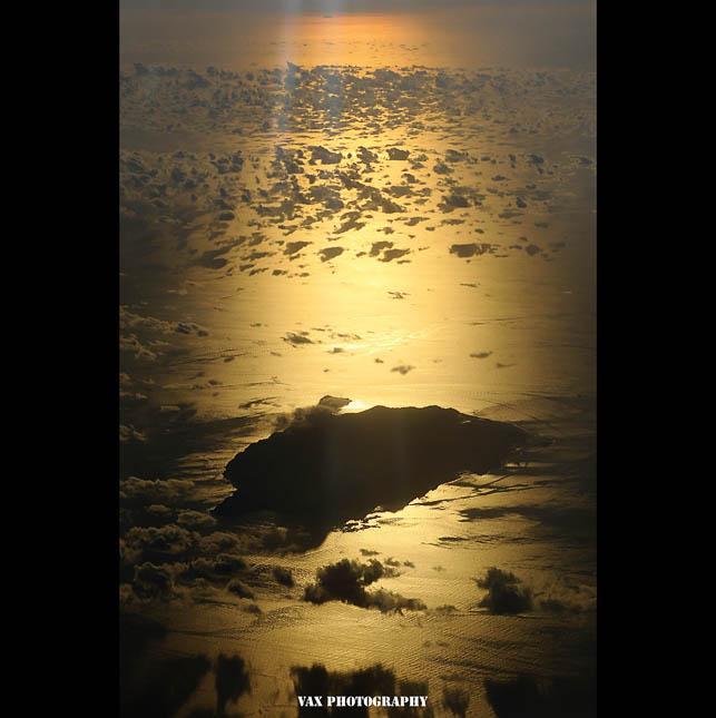 fly in sky 03