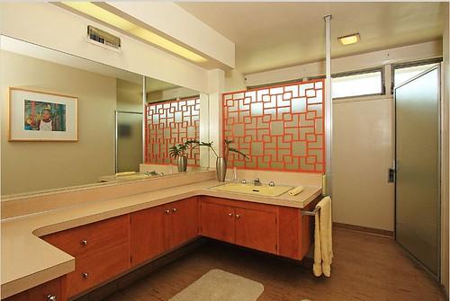 Midcentury Bathrooms 2