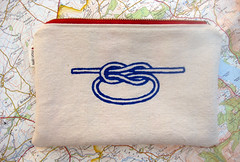 sailor's knot pouch - red