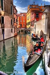 Wild Parking (valerius25) Tags: venice rio canon gondola digitalrebel venezia hdr canale veneto 3xp puzza 400d valerius25 valeriocaddeu