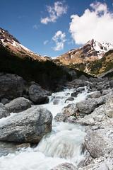 Der Muttekopf (2774m) (jwendland) Tags: mountain mountains alps nature water berg rock creek landscape stream wasser beck outdoor natur berge bach mountaineering alpen landschaft felsen gebirge naturephotography bergsteigen naturfotografie drausen