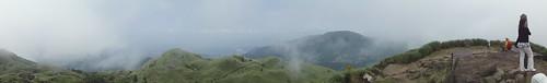 七星山主峰全景照