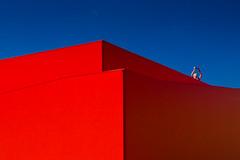 Blue - Red (96dpi) Tags: blue red abstract man rot pen photography landtag fotografie geometry olympus crop mann blau potsdam zuiko abstrakt ep2 geometrie 918 schaustelle