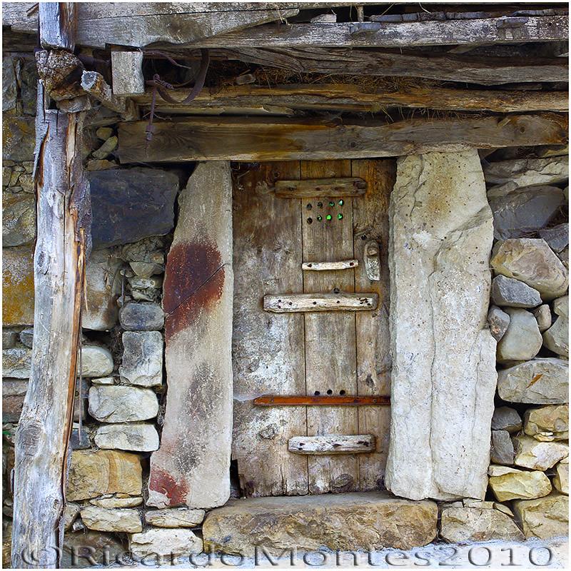 Una puerta con historia