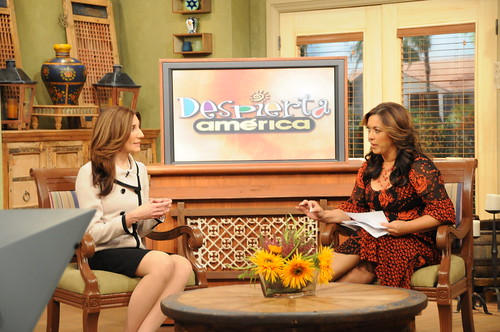 Deputy Administrator for SNAP Lisa Pino is interviewed on Univision's national morning show, Despierta America.  (USDA photo by Debbie Haston-Hilger).